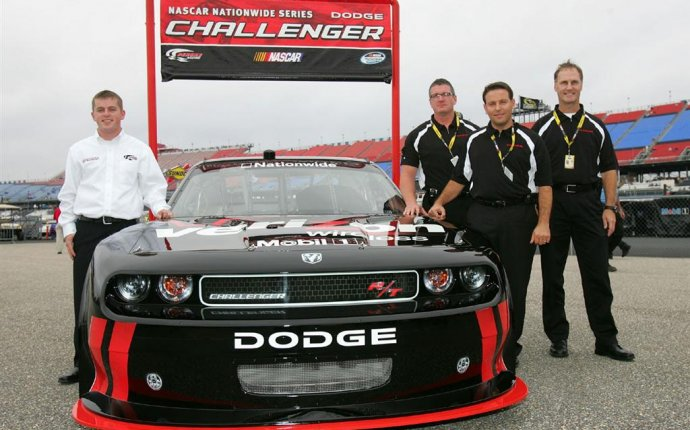 2010 Dodge Challenger NASCAR Nationwide - conceptcarz.com