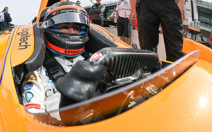 Alonso skates through successful first day of Indy 500 practice