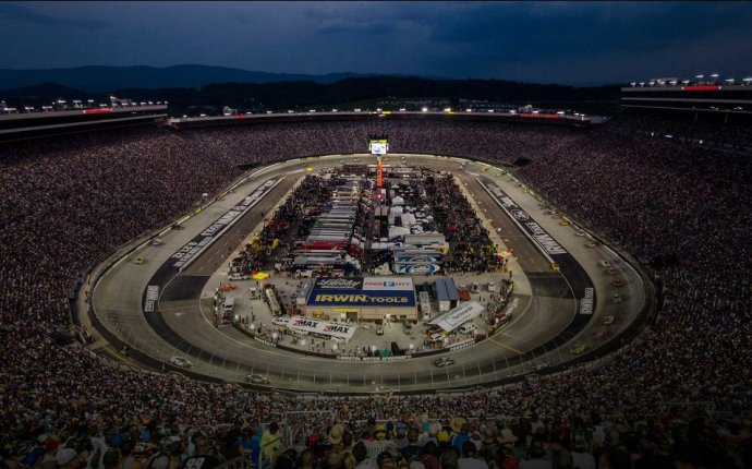 Bristol Motor Speedway | Tracks | NASCAR Nationwide Series