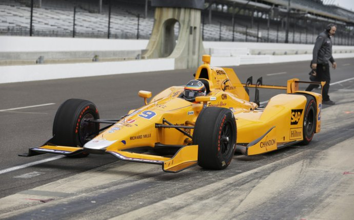 Fernando Alonso enjoys perfect Indy car debut at Indianapolis