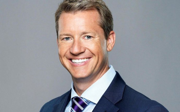Fox Sports Host Rob Stone Talks USA-Mexico and Network s 2018