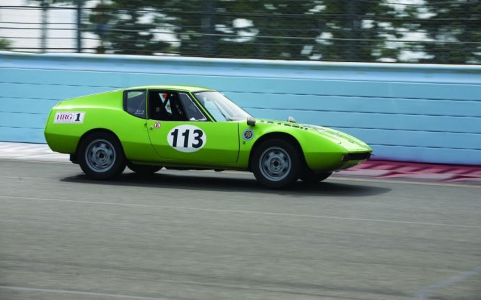 How to go Vintage Racing - Don t be afraid of taking - Hemmings