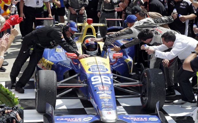 Indy 500 2016: Fastest rookie Alexander Rossi makes fuel strategy