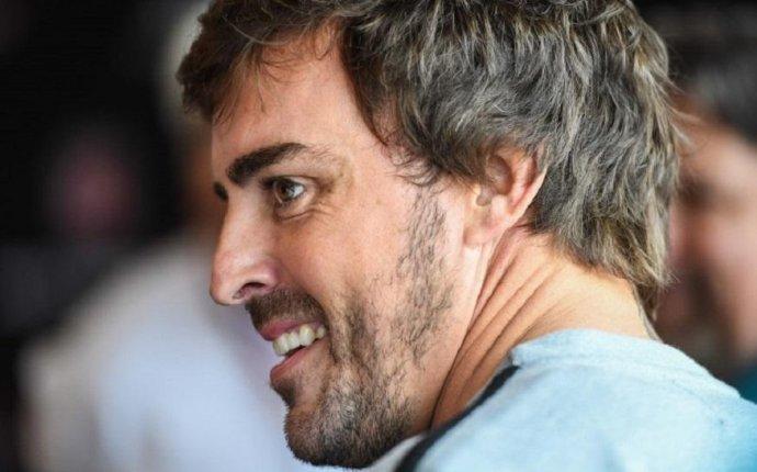 IndyCar: Fernando Alonso Makes His Debut at Indianapolis 500 Grid