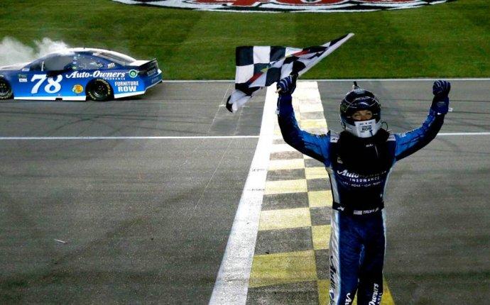 NASCAR results at Kansas: Martin Truex Jr. wins race marred by