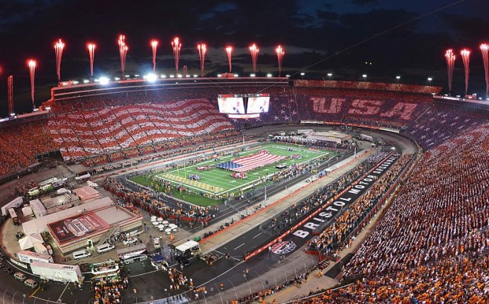 PHOTOS: Battle at Bristol between Tennessee and Virginia Tech sets