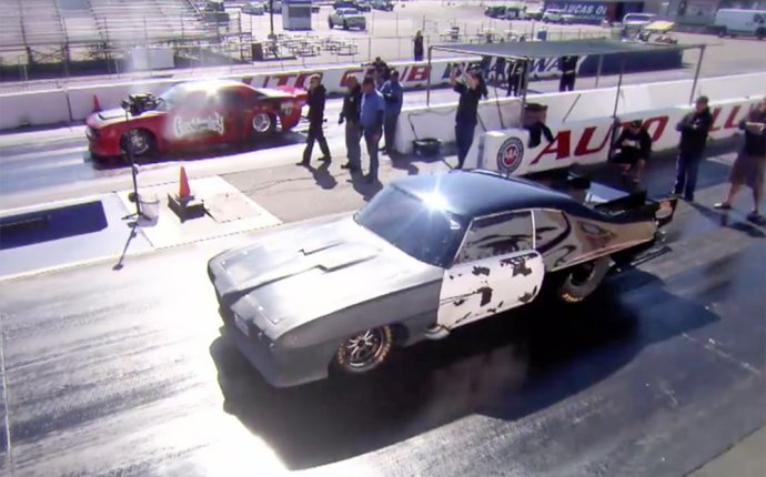 Street Outlaws, Gas Monkey Garage Stars Face Off In Mega Race