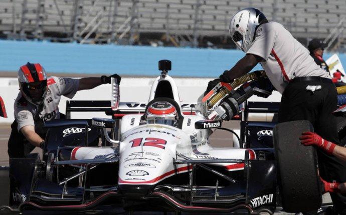 Team Penske IndyCar drivers get new Verizon liveries for 2016