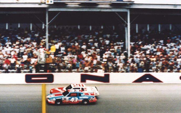 Richard petty wins by Track